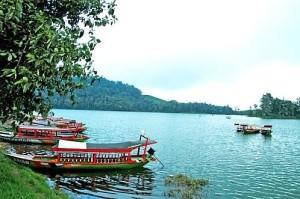 situ ciburuy, foto danau toba, danau bedugul, hotel danau toba medan, tempat wisata di sumatera utara, wisata sumatera barat, tempat wisata di sumatera barat, ulun danu temple, tempat wisata di papua, kebun raya bedugul