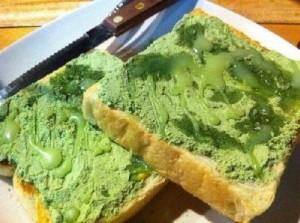roti bakar green tea