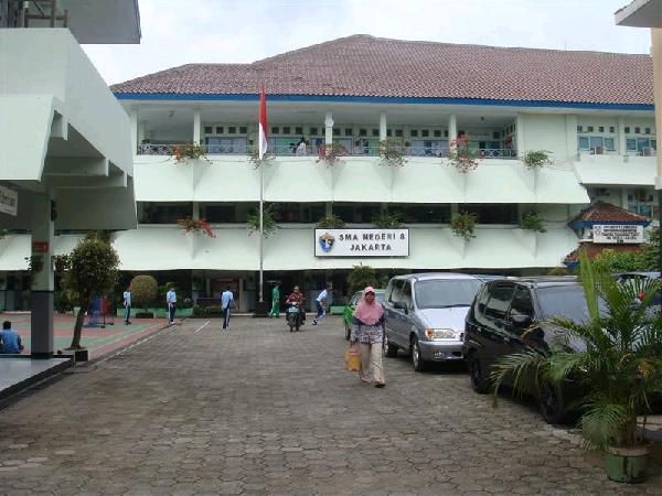 sman 8 jakarta, sma terbaik di jakarta, sekolah termahal di indonesia, sma favorit di jakarta