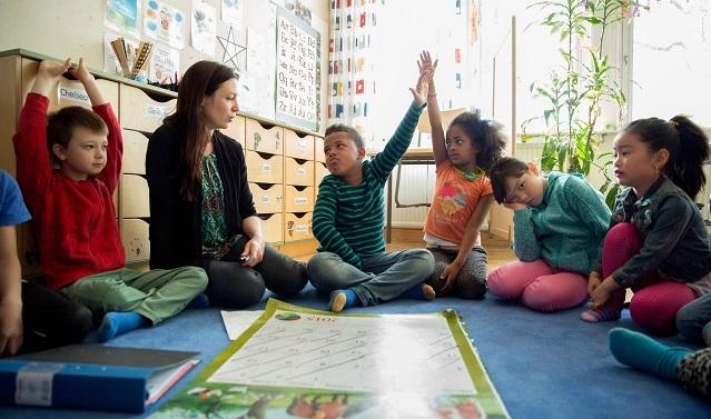 mendidik anak swedia
