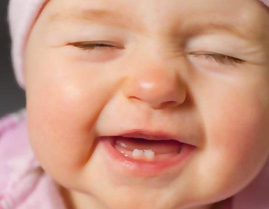 ciri gigi bayi tumbuh