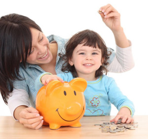 mom-and-daughter-save-money